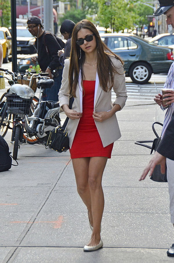 top-6-looks-da-nina-dobrev-do-seu-dia-a-dia5