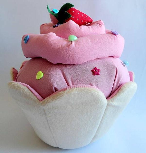 top-8-almofadas-fofinhas-de-cupcake5