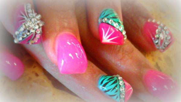 top-9-unhas-bubble-nail5
