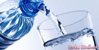 a-agua-e-vital-e-nao-engorda-1