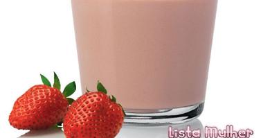 suco-de-morango-com-leite-condensado-1