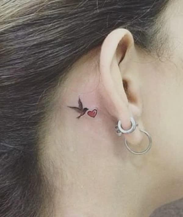 top-lindas-tatuagens-atras-da-orelha-12