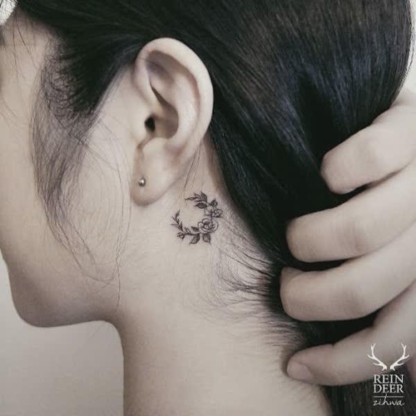 top-lindas-tatuagens-atras-da-orelha-19