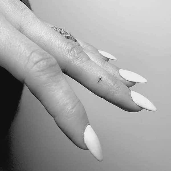tatuagens-nas-maos-14